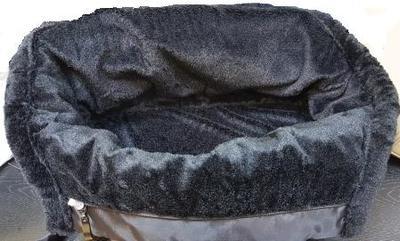 P&D Сумка-переноска с мехом для собак Комфорт черная, 42х20х25 см (фото, вид 3)