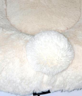 P&D Лежанка для собак и кошек из искусственного меха в форме Зайки, молочно-белая 45х44см (фото, вид 3)