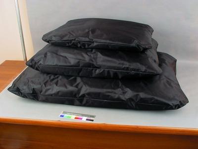 Бобровый дворик Лежак-подушка для собак из прочного нейлона (фото, вид 1)