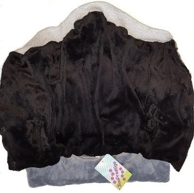 ZooPrestige Куртка для собак бежевая/сиреневая с мехом, размер XL, спина 34см (фото, вид 1)