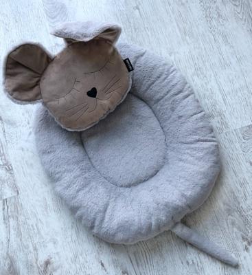 P&D Лежанка для собак и кошек из искусственного меха в форме Мышки, серая 45х44см (фото)