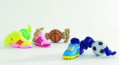 Beeztees Игрушка для собак/щенков Эластичная плюшевая веревочка с мячиком и ботинком, 27см (фото)