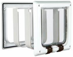 TRIXIE Дверца для кошки DE LUXE, белая, размер 16,2 × 17 см