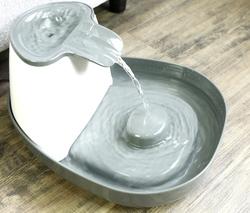 SuperDesign Питьевой фонтанчик меламиновый 1500 мл, белый-антрацит