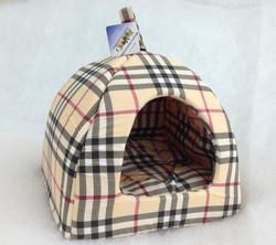 Бобровый дворик Домик лежак для кошек и собак, шотландка бежевая