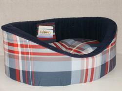 Бобровый дворик Лежак для собак и кошек овальный с бортиком, шотландка синяя поларфлис